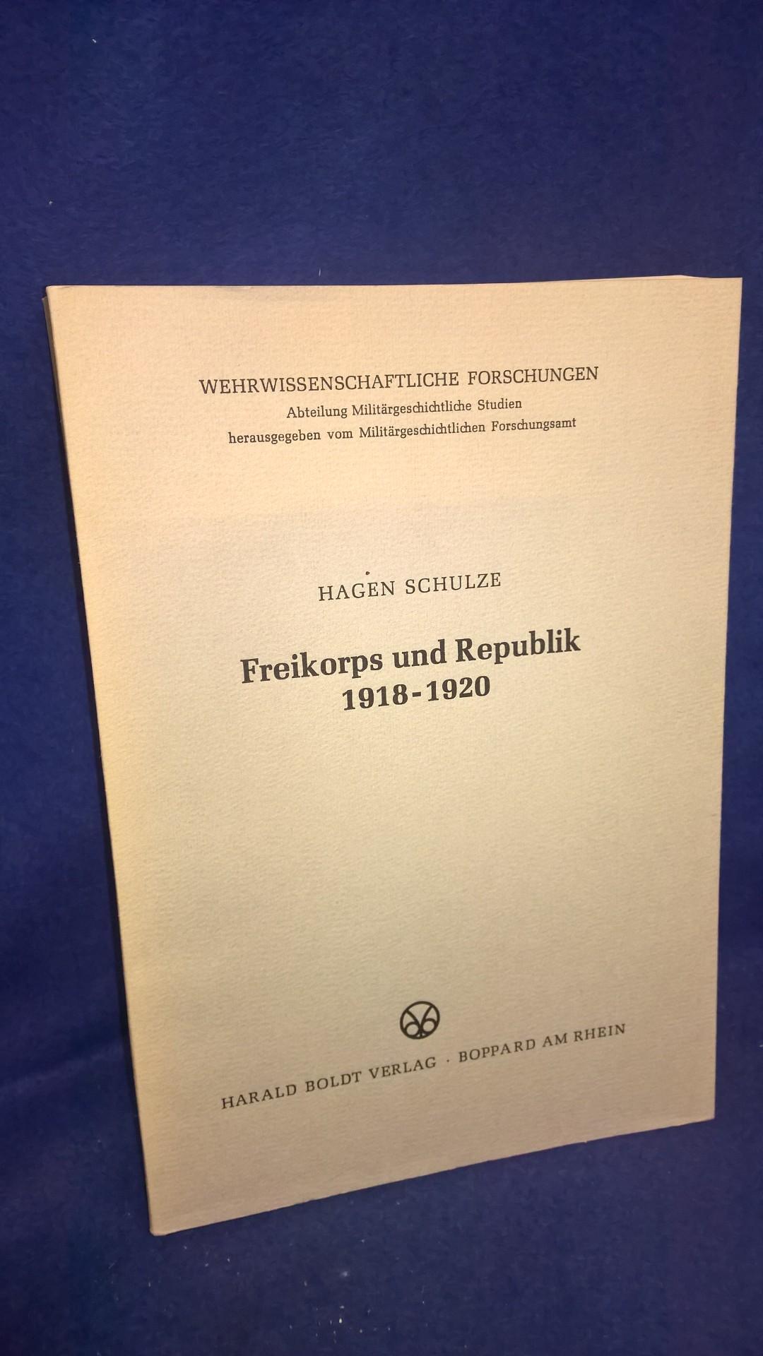 Freikorps und Republik 1918 - 1920.