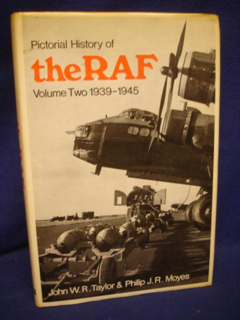 Pictorial History of THE R.A.F. Volume 2 - 1939-1945