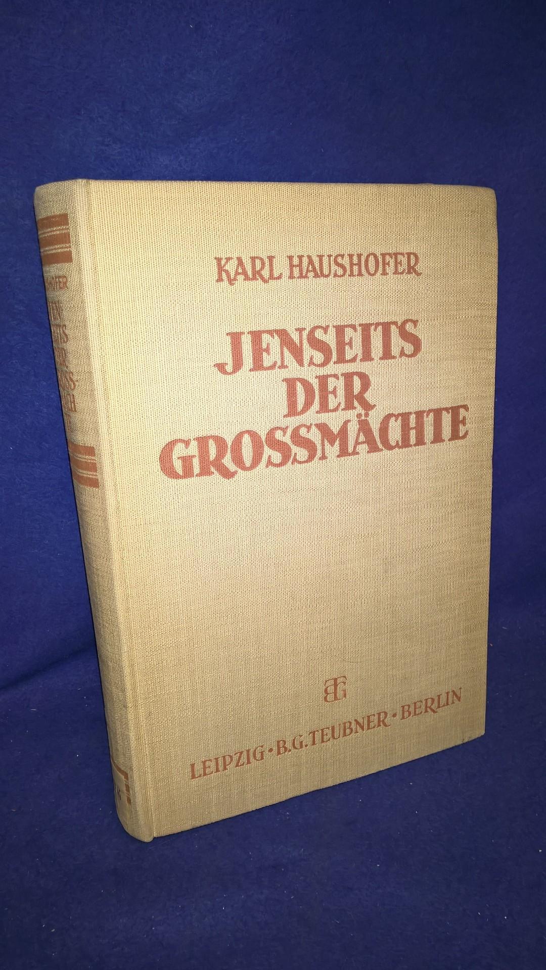Jenseits der Grossmächte., Ergänzungsband zur neubearbeitung der Grossmächte Rudolfs Kjellens.