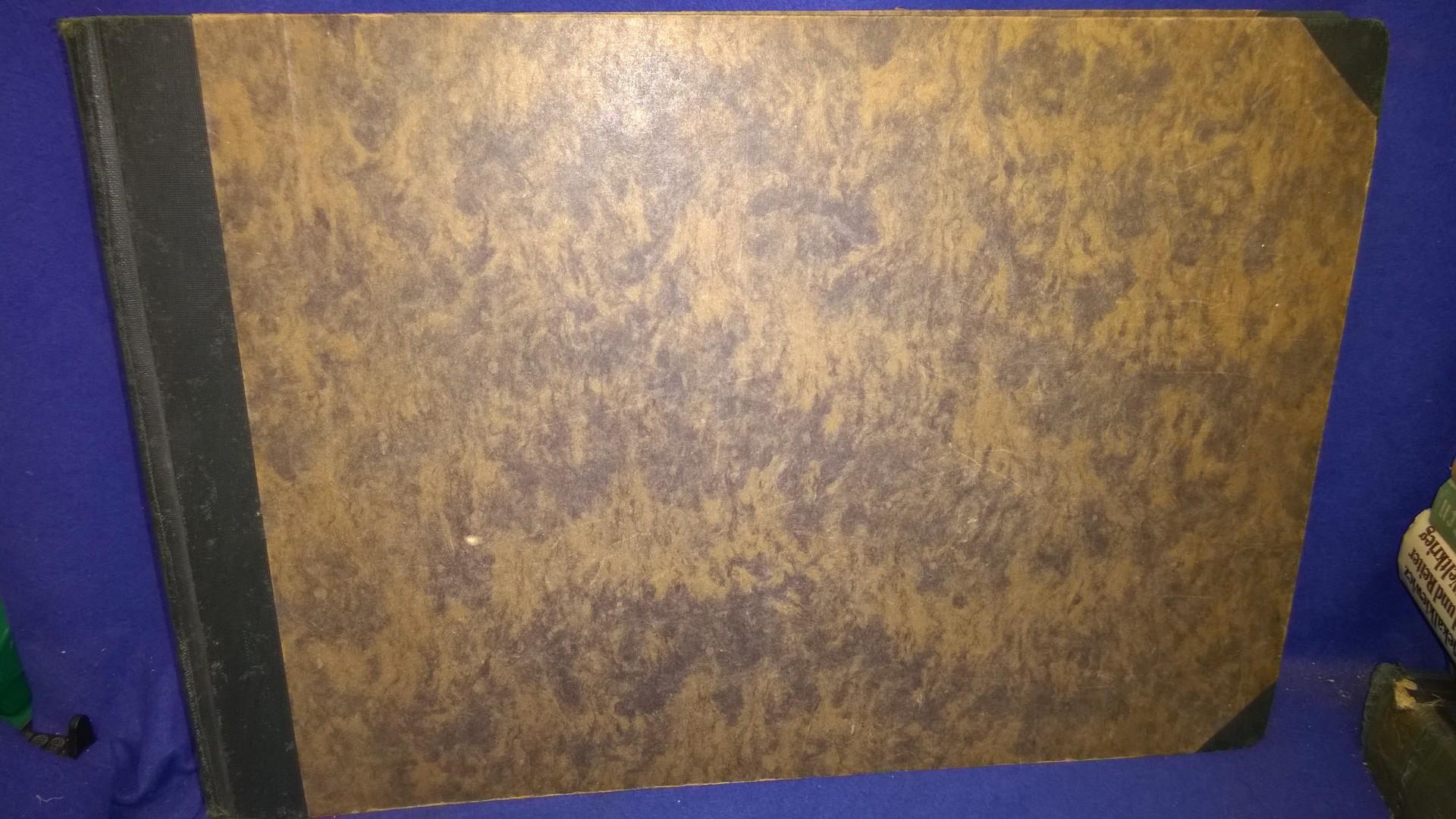 Das Gesicht der Westfront - Ein Kriegdokument und Erinnerungsbuch von Ernst Vollbehr, Kriegsmaler im Großen Hauptquartier. Mit vielen Panoramaaufnahmen von den Kampfgeländern an der Westfront im 1.Weltkrieg.Selten!